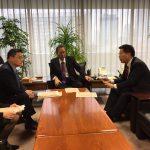 細田総務会長へ障害者による文化芸術活動の推進に関する法案説明(平成28年11月15日党本部)